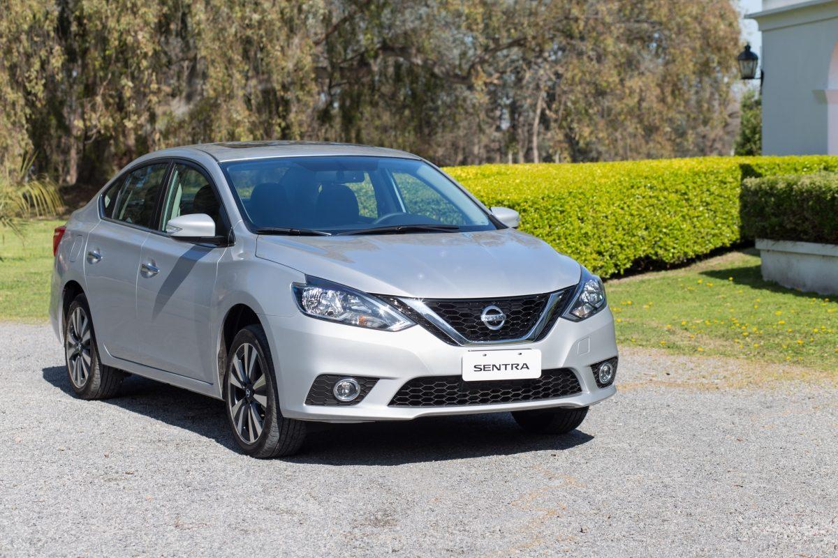Nissan Sentra (55).jpg.ximg.l_12_m.smart